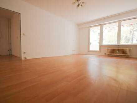 *WG geeignet* 4 Zimmerwohnung mit großer Terrasse im beliebten Kreuzkölln!
