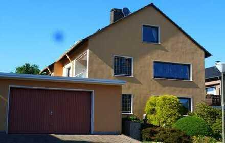 Traumgrundstück mit komfortablem 2- 3 Familienhaus in hervorragender Lage