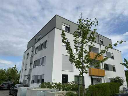 3,5 Zimmer Design Grundriss in OF, Miele-EBK, 105qm, Balkon, Gäste-WC, Ankleideraum, Waldrandgebiet