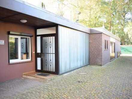Großzügige Gewerbefläche mit diversen Möglichkeiten an der Grambker Heerstraße!