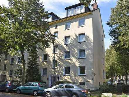 TOP modernisierte 3-4-Zimmer-Wohnung in zentraler Wohnlage