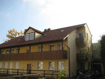 Diese Wohnung wird Ihnen gefallen! Balkon im 2. Obergeschoss 2-Raum-Wohnung