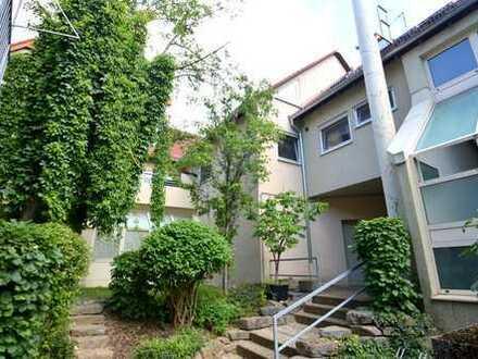 Großzügig und lichtdurchflutet – tolle 3,5 Zimmer Wohnung inkl. Tiefgarage in Horkheim zu verkaufen!