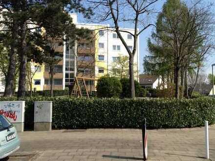 Erstbezug nach Sanierung mit Balkon: schöne familiengerechte 4,5-Zimmer-Wohnung in Essen