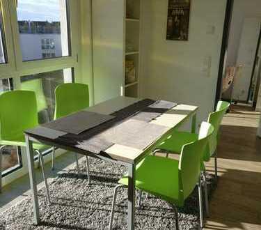 Helles, modernes Zimmer in 2-er WG in Uninähe