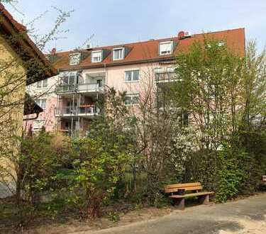 Gepflegte 6-Zimmer-Maisonette-Wohnung mit Balkon und EBK in Mannheim
