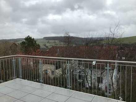 ERSTBEZUG: schöne, Südhang - Doppelhaushälfte mit sechs Zimmern in Bad Mergentheim
