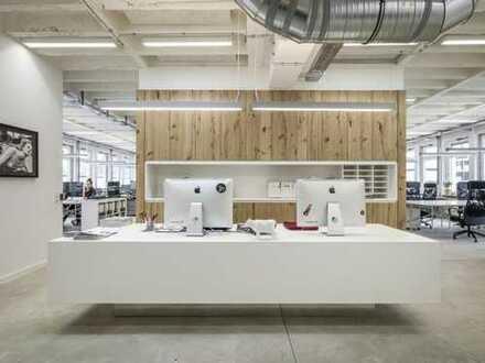 Kleines Büro im Co-Working der halle02