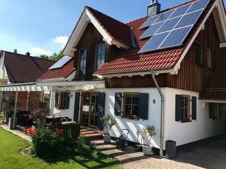 Sehr gepflegtes EFH, 6 Zimmer, schöner Garten, ruhige Lage