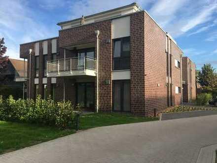 Neubau: Moderne 2-Zimmer-Erdgeschoßwohnung mit Gartenanteil, Einbauküche und PKW-Stellplatz