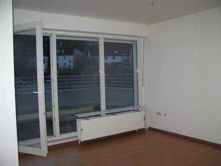 Ruhige und helle 3-Zimmer, KDB, Balkon in Wetter-Wengern
