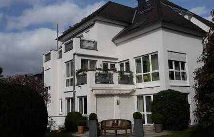 RATH-HEUMAR moderne und helle 3-Zimmerwohnung, 2 Süd-Terrassen, von PRIVAT