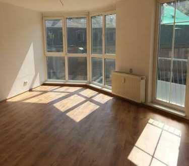 Bild_*** Helle 2-Raum-Wohnung mit Einbauküche ***