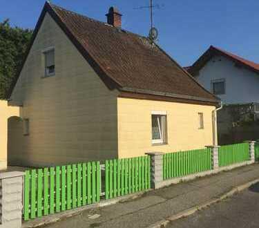 Schönes kleines Haus mit zwei Zimmern in Dingolfing-Landau (Kreis), Frontenhausen