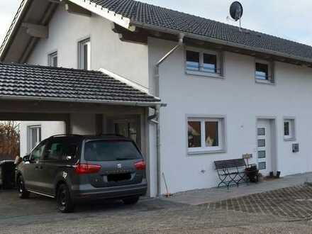 Schöne, geräumige DHH mit fünf Zimmern in Marnbach bei Weilheim i. OB