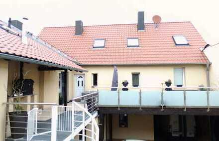 Schönes Haus mit Scheune, Sonnenterrasse & großem Innenhof in Bad Dürkheim (Kreis), Hettenleidelheim