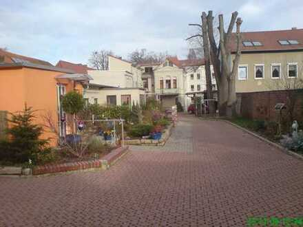 Gepflegte 3-Zimmer-Dachgeschosswohnung mit Süd-Balkon in Aschersleben