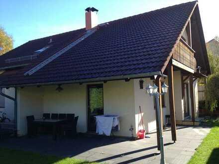 Helle 3-Zimmer Wohnung. 16 Min zum Marienplatz ! Super Kinderbetreuungsmöglichkeiten ! Kontakt lohnt