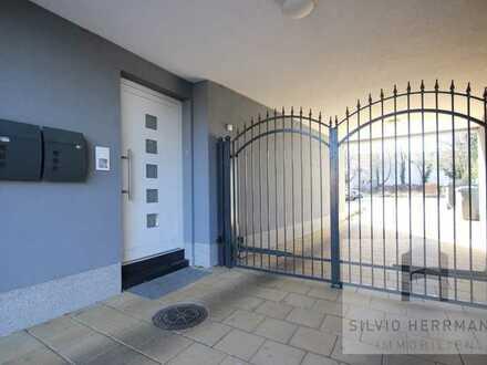Moderne 4-Raum Wohnung