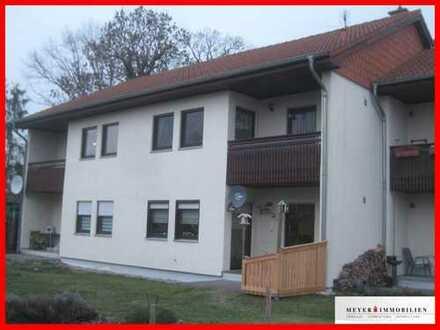 Modernes Landleben: Großzügige 2-Zimmerwohnung mit Wohnküche, Terrasse & Wannenbad
