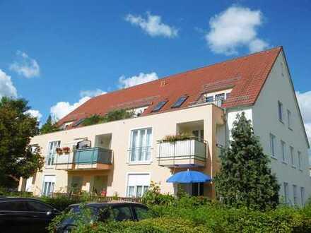 Schöne 2-Zimmer-Erdgeschoss-Wohnung mit Terrasse