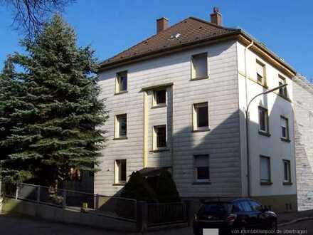 Schöne, gepflegte 3-Zimmer-Erdgeschosswohnung mit Terrasse / Garten in Pirmasens