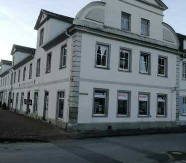 Repräsentatives denkmalgeschütztes Reiheneckhaus in zentraler Lage in Bad Karlshafen (Kreis Kassel)