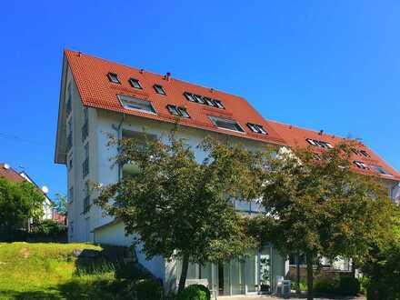 Helle 4-Zimmer DG-Maisonettewohnung in Seniorenanlage zu vermieten