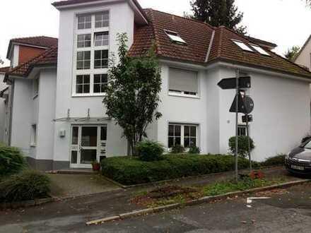 Schöne, helle 3,5 Zimmer Dachgeschosswohnung in Linden