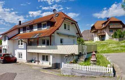 Top gepflegtes Mehrgenationenhaus mit drei Wohnungen im Schuttertal