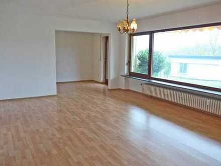 5613 - Einzimmerwohnung mit Pantryküche, Terrasse und Gartenmitbenutzung in Burbach!