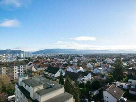 Mit Traumblick: Gepflegte 1-Zimmer-Wohnung mit Balkon und Einbauküche in Eppelheim