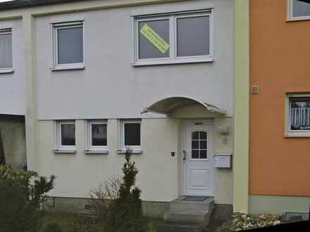 Schönes Haus mit fünf Zimmern in Nürnberg-Eibach