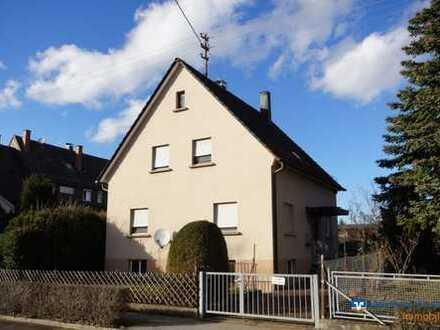 Handwerker aufgepasst !! Einfamilienhaus in Leinfelden-Unteraichen