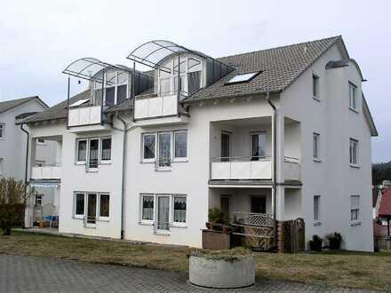 RESERVIERT - Dachgeschosswohnung in ruhiger Lage mit toller Aussicht u. Garage