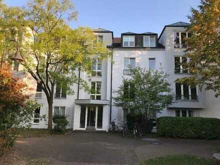 TOP-Kapitalanlage: Großzügige 3-Zimmer-Wohnung in der RHEIN RESIDENZ in BAD GODESBERG / PLITTERSDORF