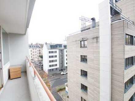 Top City Lage: Gemütliche 3 Zimmerwohnung mit Balkon und Garage