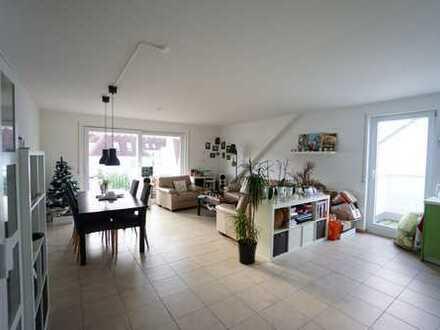 Sonnige, helle 3 Zimmer-Mietwohnung mit 2 Balkonen und Tiefgaragenstellplatz