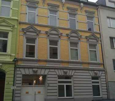 2-Raumwohnung in Patrizierhaus in Düsseldorf-Pempelfort