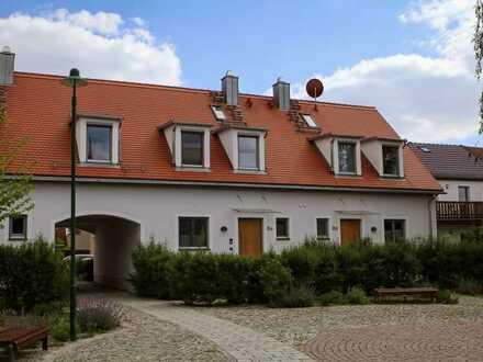 Modernes Reihenhaus mit Garten in bester Lage in Weinböhla