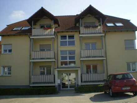 Eigentumswohnung Dachgeschoss, 3 Zimmer, Küche Bad, 2 Balkone