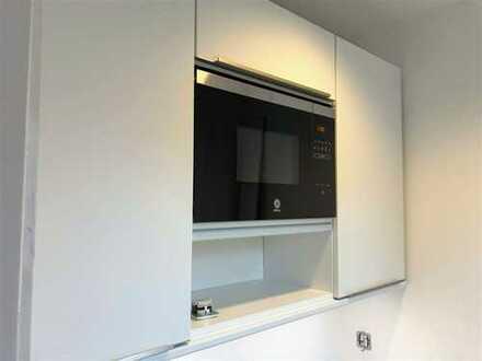 bezugsfrei: saniertes 1-Zimmer Apartment + Einbauküche + nähe Plänterwald