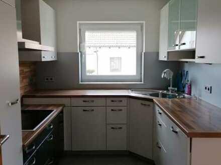 3 Zimmer Wohnung mit Einbauküche und Balkon in Oedeim