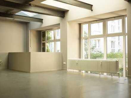 Ihr Haus im Hof: Atelier-Remise in der Schlüterstraße