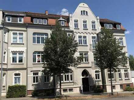 Top 5-Raum-Wohnung mit BLK, Erkerzimmer, Loggia und Gäste-WC!