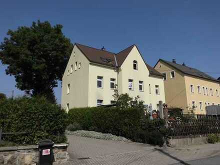 Kleines Mehrfamilienhaus in ländlicher Lage