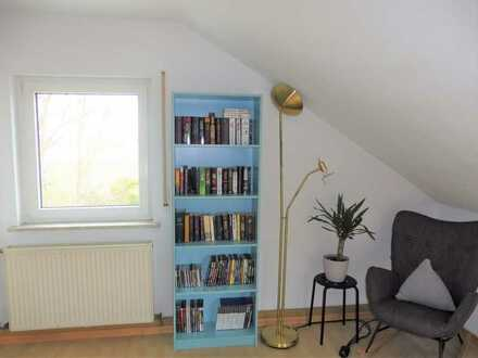 Gepflegte helle Studiowohnung für Single mit offenen Räumen und Einbauküche in Büttelborn/Ortsteil