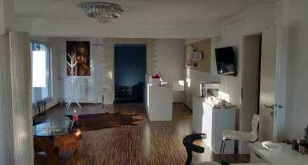 Schöne, geräumige Wohnung in Eislingen/Fils, gute Lage + 4 Abstellplätze