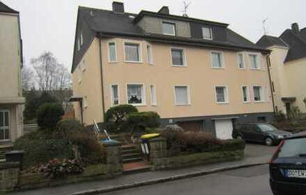 Gepflegte 2-Zimmer-Dachgeschosswohnung mit Balkon in Dortmund