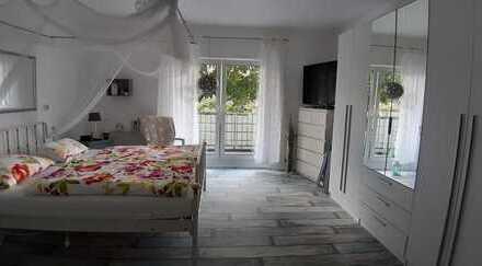 Schicke 3-Zimmerwohnung im Grünen mit Balkon